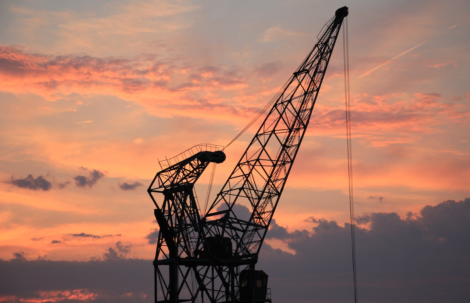 5 Efficient Crane Hire Services for Project Success