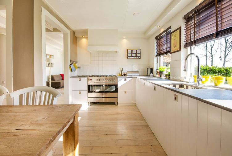 5 Ways to Keep Your House Clean and Tidy When You Plan to Sell It