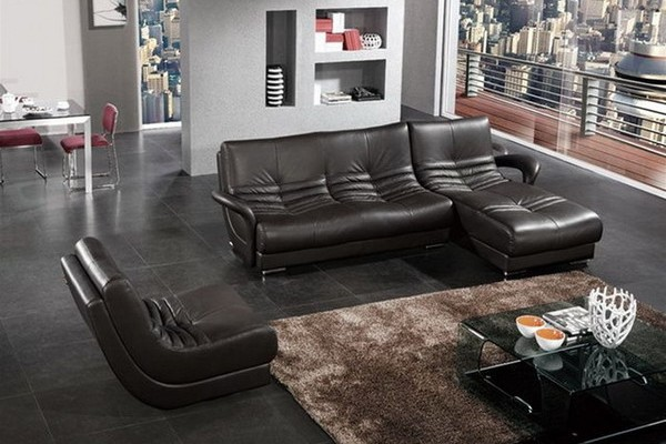 Why Your Living Room Needs Modern Leather Furniture