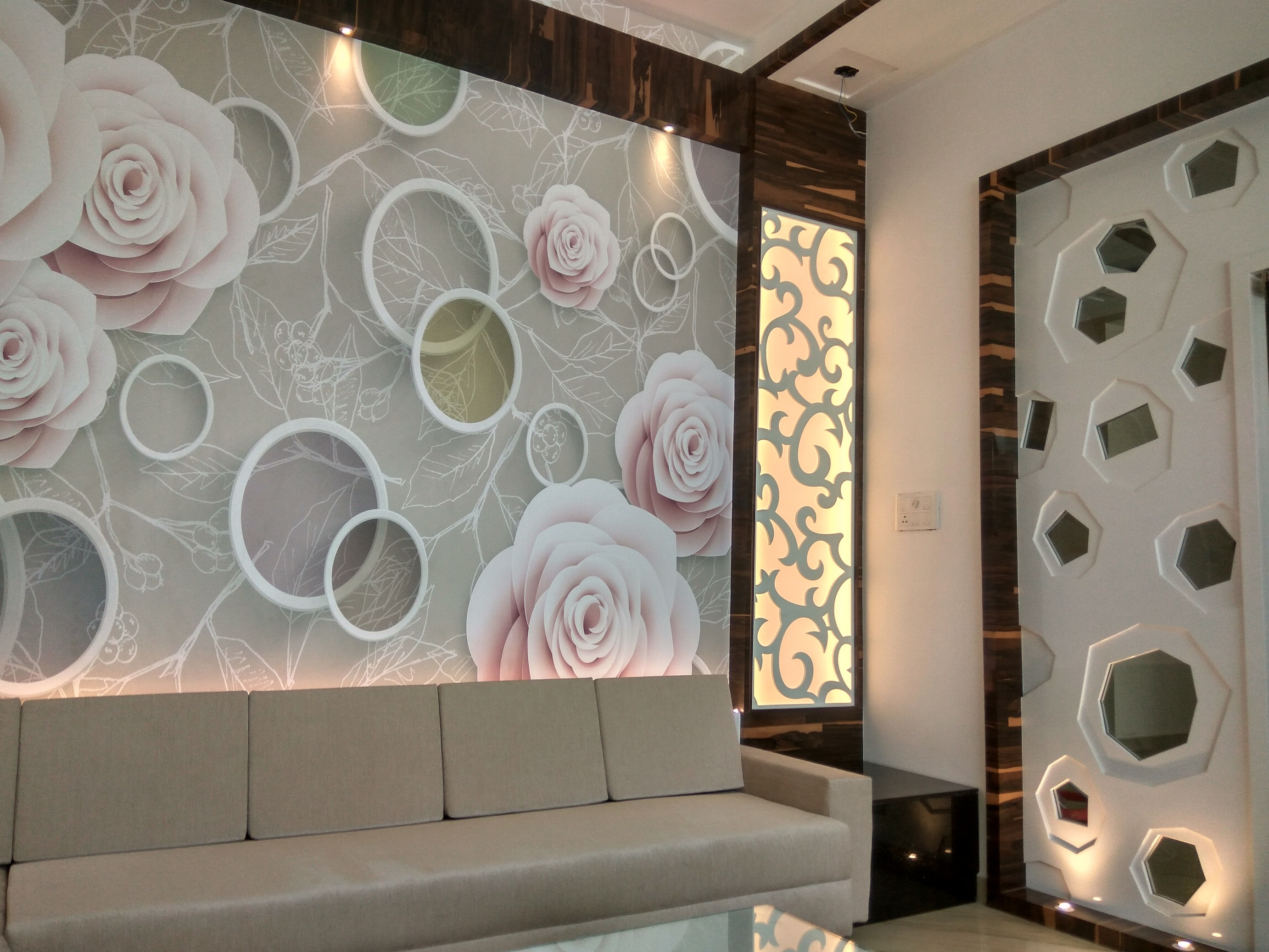 Tips for wallpapering your house